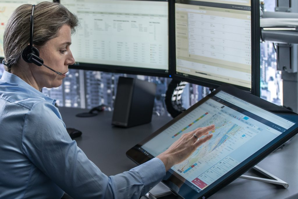 FREQUENTIS equips largest german police organisation with its multimedia control room solution