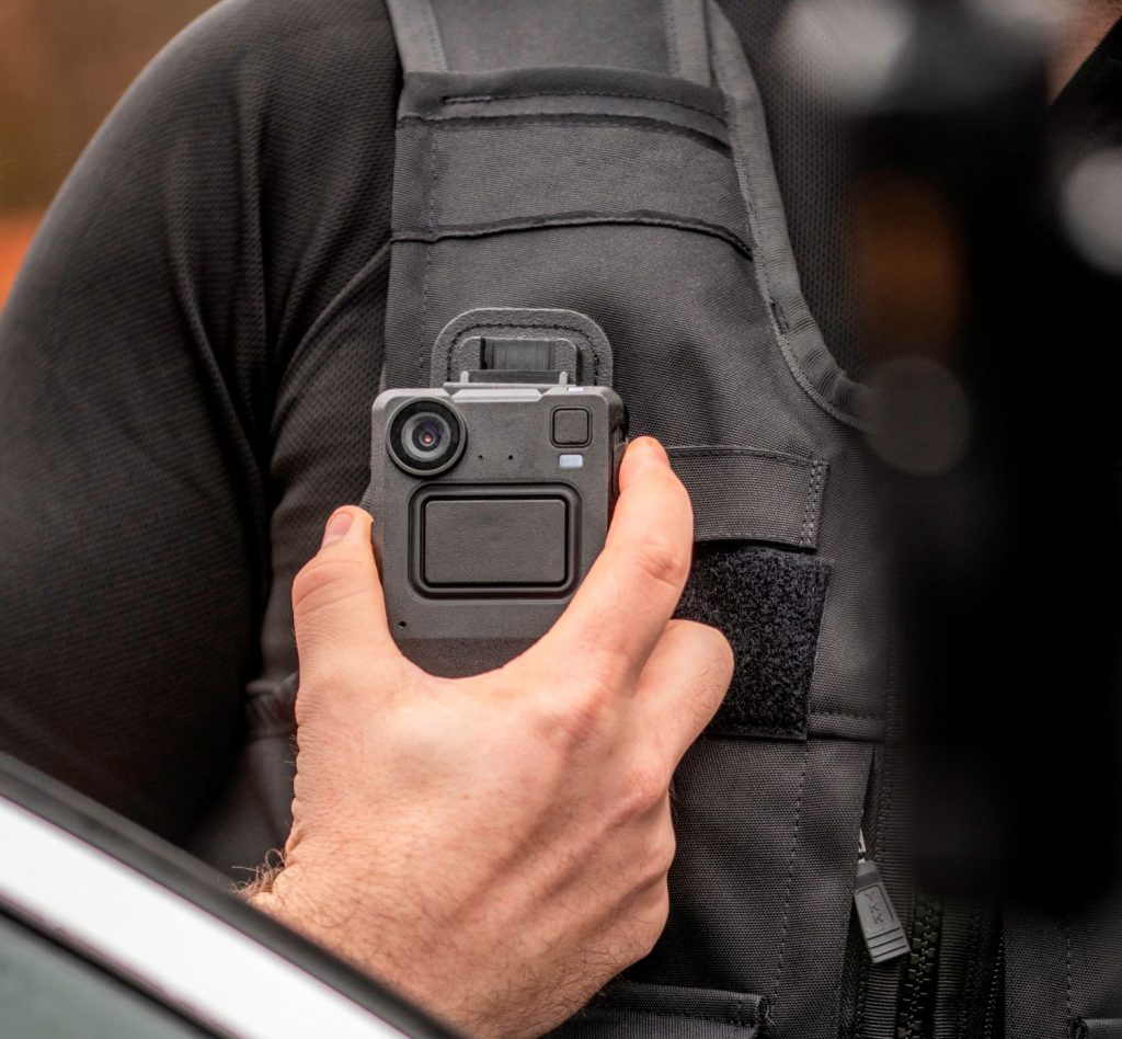 Swedish Rail Equips Train Staff with Body-Worn Cameras from Motorola Solutions